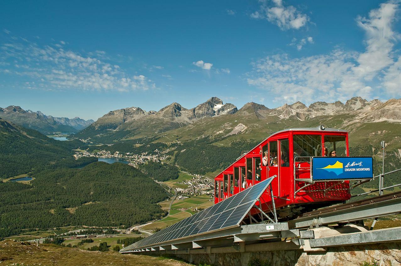 Гора Muottas Muragl, Швейцария - путеводитель по горам Швейцарии, фото. В окрестностях Самедана, Потресины и Санкт-Моритца - что посмотреть, чем заняться